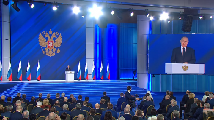 Путин назвал условие, при котором осенью в России сформируется коллективный иммунитет к COVID-19