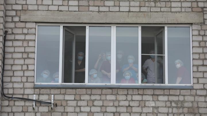 Коек не хватает: в Красноярске разворачивают коронавирусные госпитали