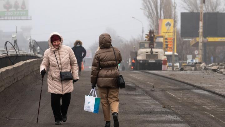 Мост на Малиновского закрыли, в центре Ростова нарисовали неоднозначное граффити: события 1–6 января