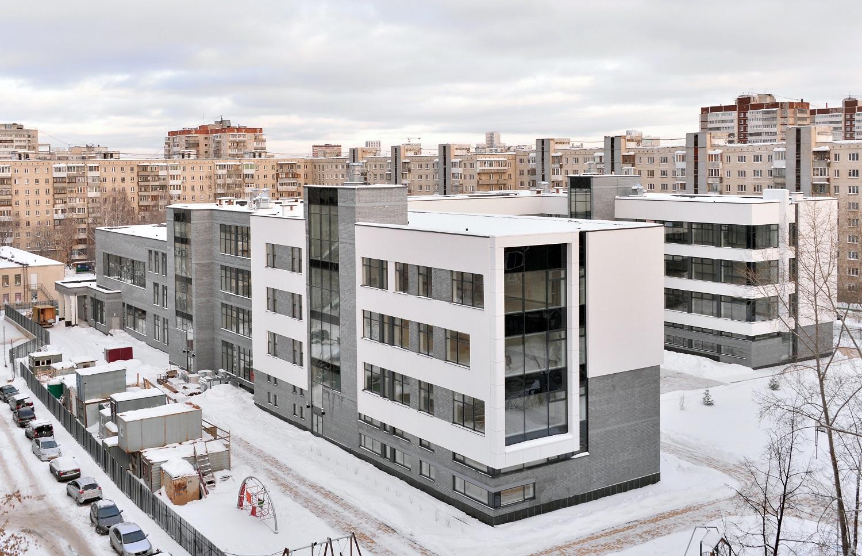 Школа состоит из нескольких блоков