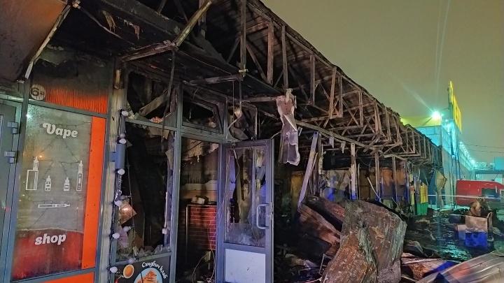 Следователи начали проверку пожара на Левенцовке, в котором пострадали три человека