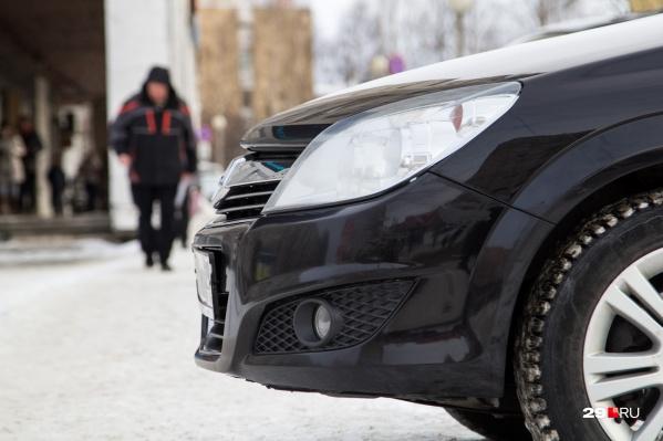 Владельцы автосалона брали деньги за покупку автомобилей, но машины жителям Архангельска так и не приходили