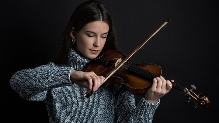В Красноярске набирает популярность обучение игре на скрипке
