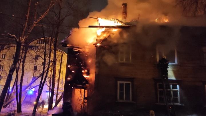«Застройка не предусмотрена»: власти Архангельска прокомментировали пожары в переулке Водников