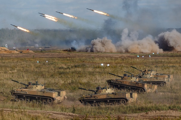 В отработке боевых действий принимают участие семь стран