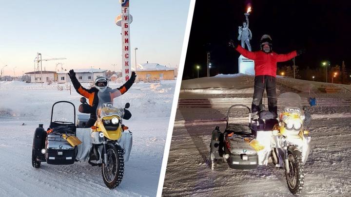 «Грелся в кафе, чинился и ехал дальше»: югорчанин на мотоцикле пересек весь Ямал в -40°С