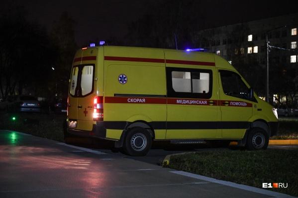 Ребенка на скорой увезли в больницу
