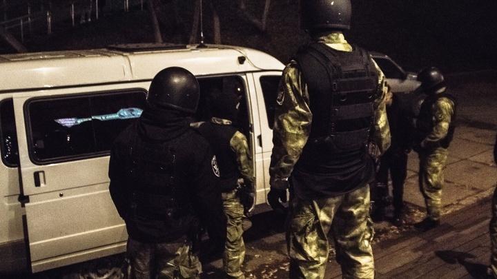 Полицейские устроили облаву на бар на улице Галактионовской