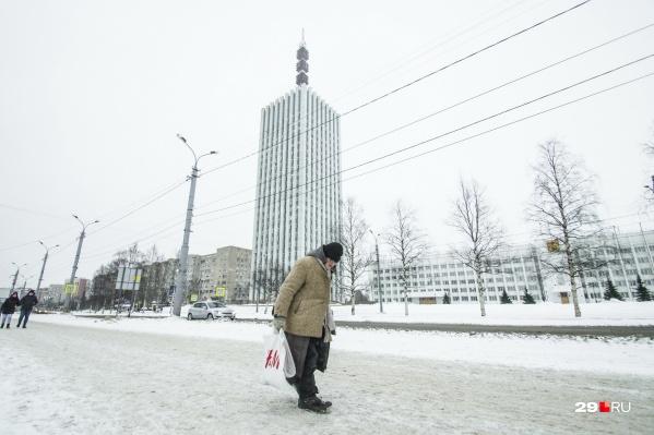 Иногда люди, ночующие на улице в мороз, отказываются от помощи