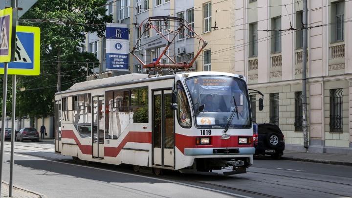 Трамвай сбил коляску с годовалым ребенком на пешеходном переходе в Канавинском районе