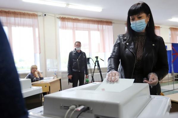В городе работает 141 избирательный участок