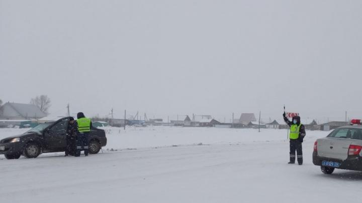 Из-за непогоды на М-5 в Челябинской области продлили ограничения для большегрузов