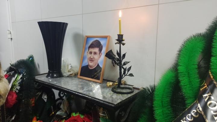 Самоубийство директора школы в Златоусте: как будто ставили перед выбором — сесть в тюрьму или умереть