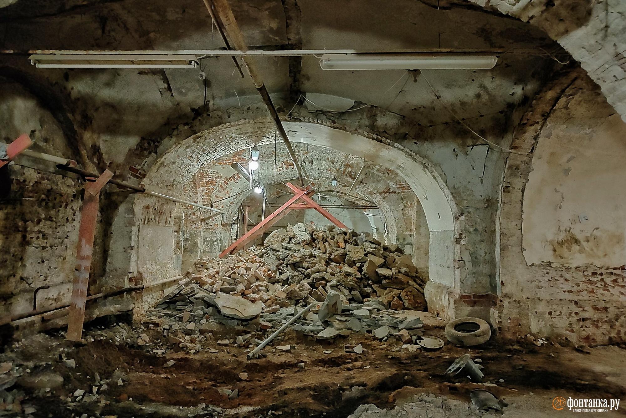 подвалы здания Биржи