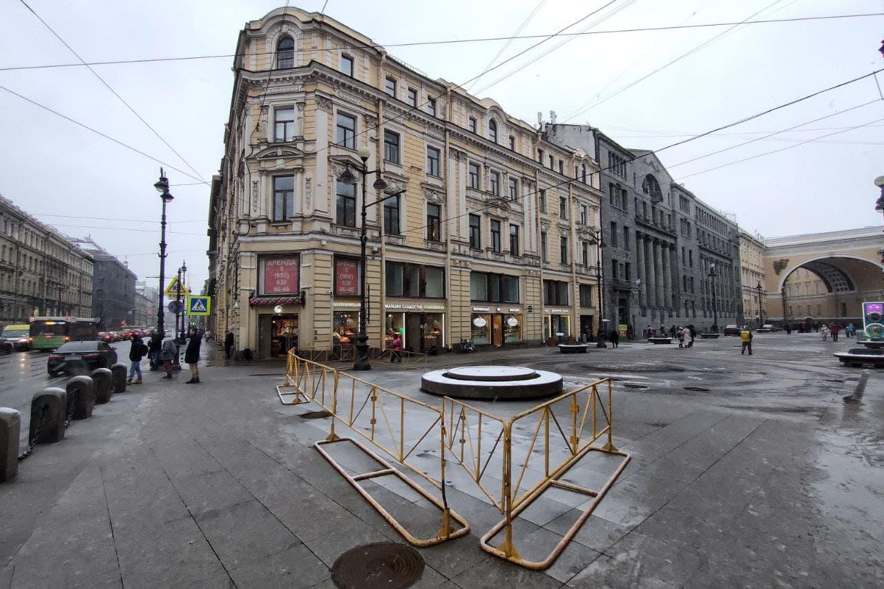 Большая Морская улица&nbsp;<br><br>автор фото Михаил Огнев / «Фонтанка.ру»