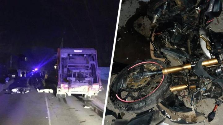 На Дону разбились две пары мотоциклистов. В одном из ночных ДТП погибла школьница