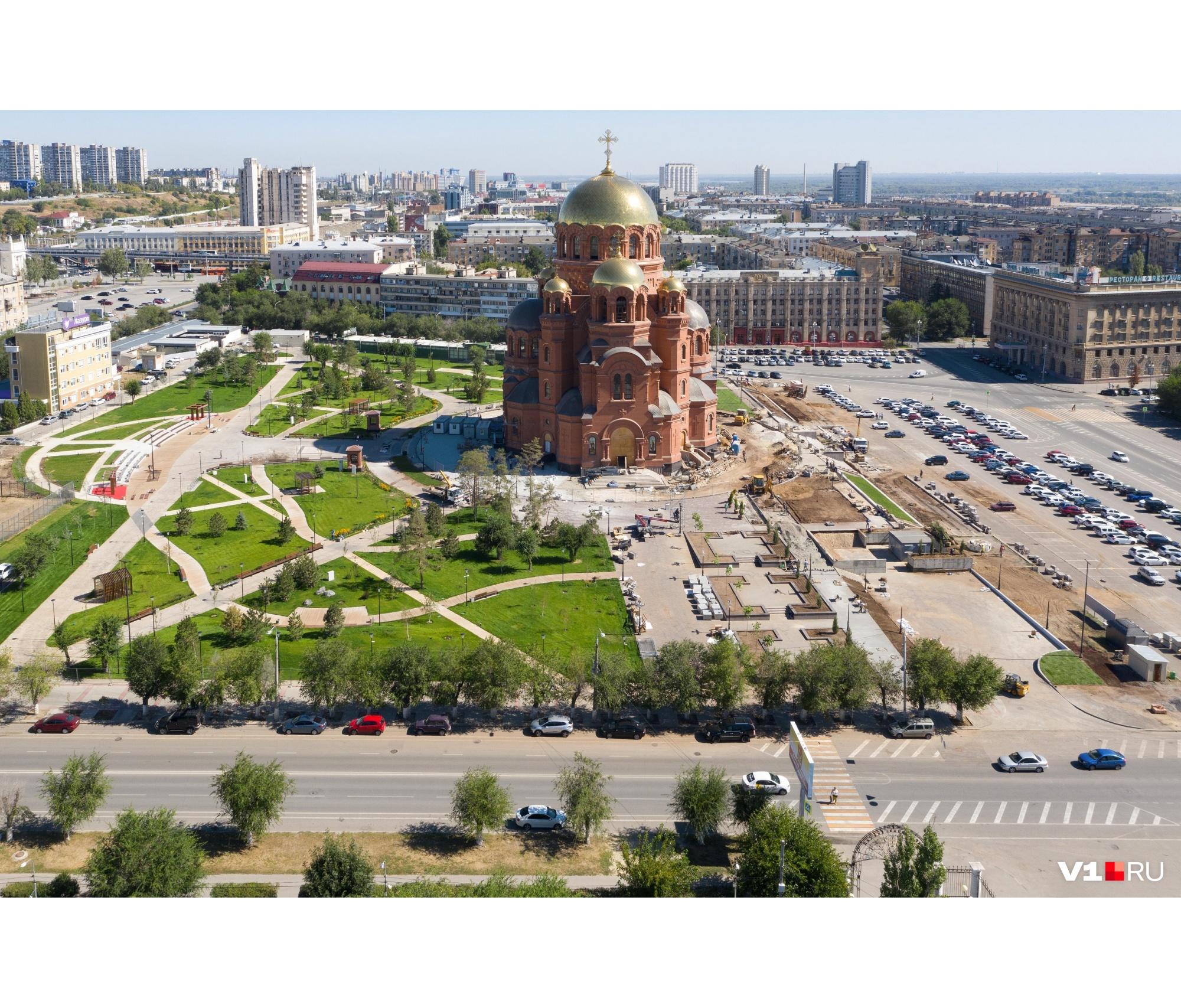 Главным мероприятием праздника станет освящение Александро-Невского собора