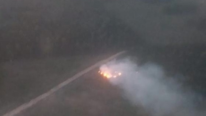 Появились фото и видео с места крушения самолета в Ленском районе