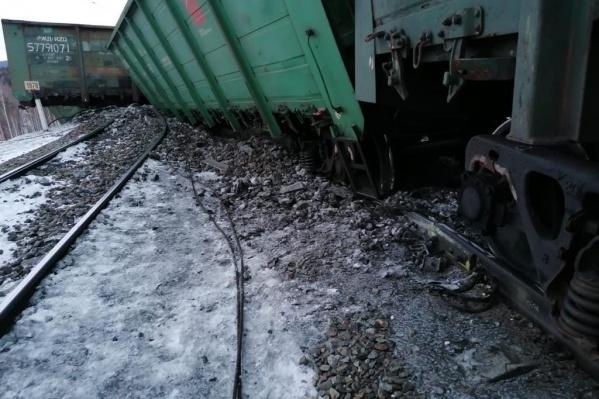 Сход вагонов произошел в районе Сыростана<br><br>