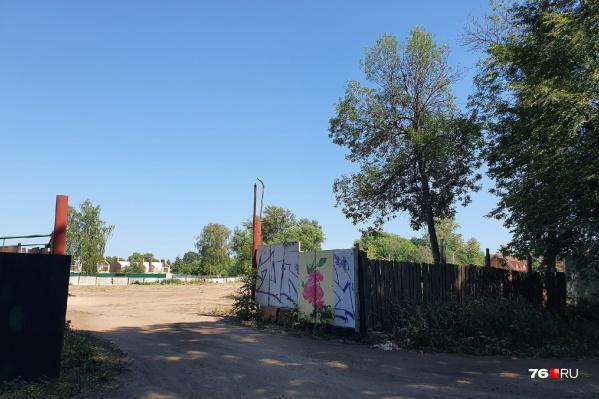 """Теперь этот земельный участок площадью <nobr class=""""_"""">13 255</nobr> м² находится в частной собственности"""