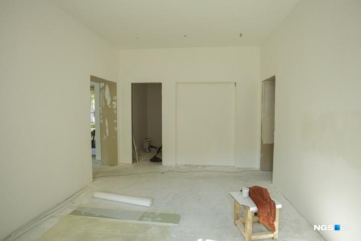 Дом строится два года. В следующем году Юрий надеется закончить ремонт и заехать