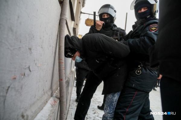Полицейские в этом году действовали жестко, но без излишнего садизма
