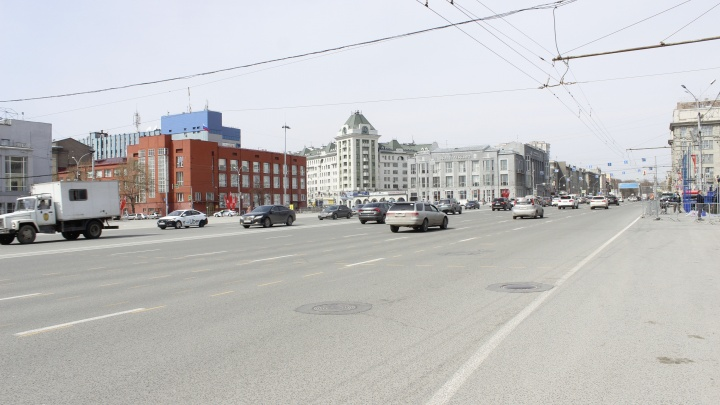 Строили с размахом. 10 самых широких улиц Новосибирска со времен СССР — как они сейчас справляются с пробками