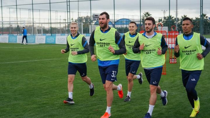 Волгоградский «Ротор» покидают еще два игрока