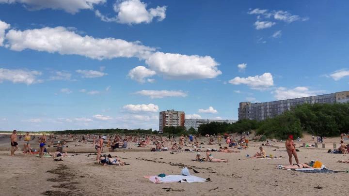 «Стараюсь пляж не посещать»: так отзывается про Ягры северодвинка, которой идти до моря всего 5 минут
