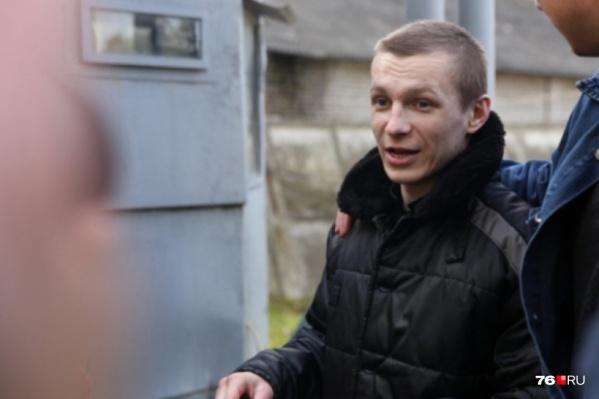 После выхода на свободу Макаров занялся кражами