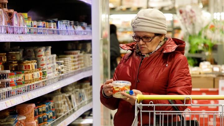 «Люди закупаются, как перед концом света»: продавец об очередях и росте цен в Волгограде