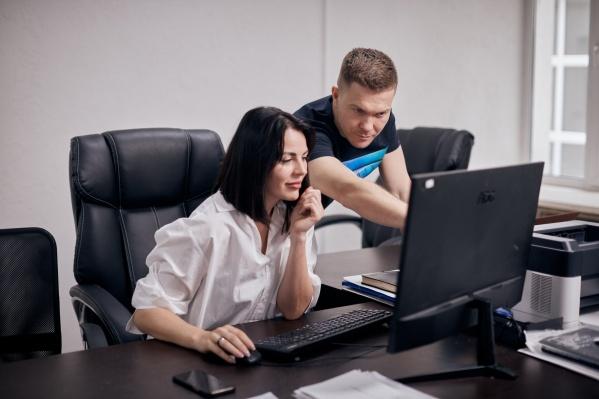 Мария и Павел Морозовы, основатели бренда HoHloon, вышли на маркетплейсы два года назад и рассказали о своем опыте