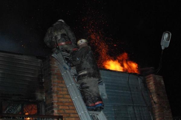 Пожар потушили быстро, но людей спасти не удалось