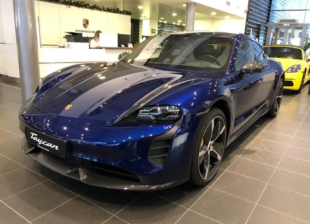 """Новый Porsche Taycan <nobr class=""""_"""">за 12 310 000 рублей</nobr>"""