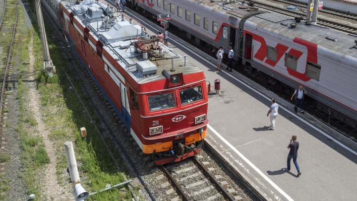 «Нас снова ждет локдаун?»: в Волгограде перестали продавать билеты на поезда дальнего следования