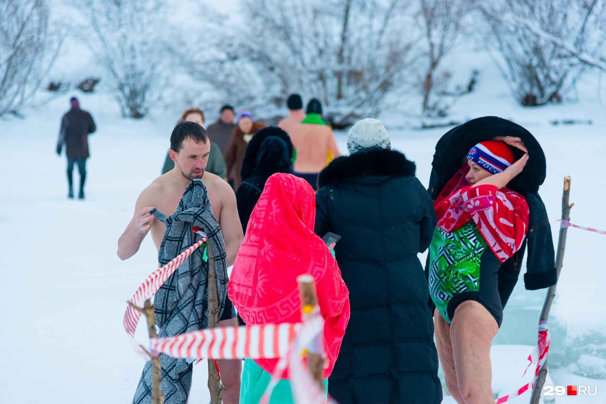 Всего в клубе «Моржи Архангельска» около 150 человек — есть и молодежь, и пенсионеры
