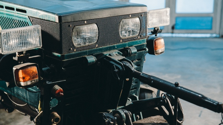 У тюменского фермера забрали трактор на штрафстоянку. Чтобы вернуть его нужны документы, которых нет