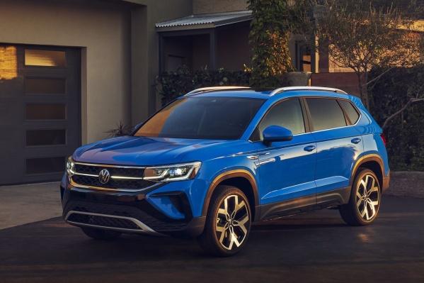 Volkswagen Taos стоит на ступеньку ниже Tiguan