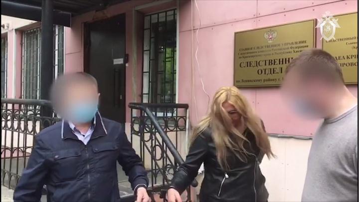 Сотрудница Стройнадзора обещала приписать УК новостройки за путевку на 200 тысяч
