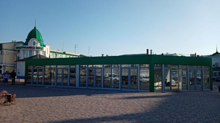 Открытие павильона с семенами и шашлычной на Бударина пришлось отложить из-за отсутствия электричества