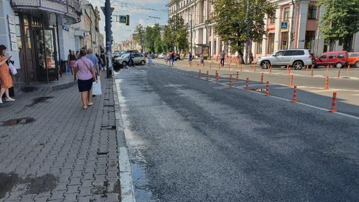 «Деньги, деньги, деньги»: ярославцы высказались о массовом срезании заборов с городских улиц