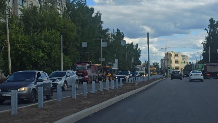 «Кто там собрался на встречку?»: ярославцев возмутил отбойник на проспекте Машиностроителей