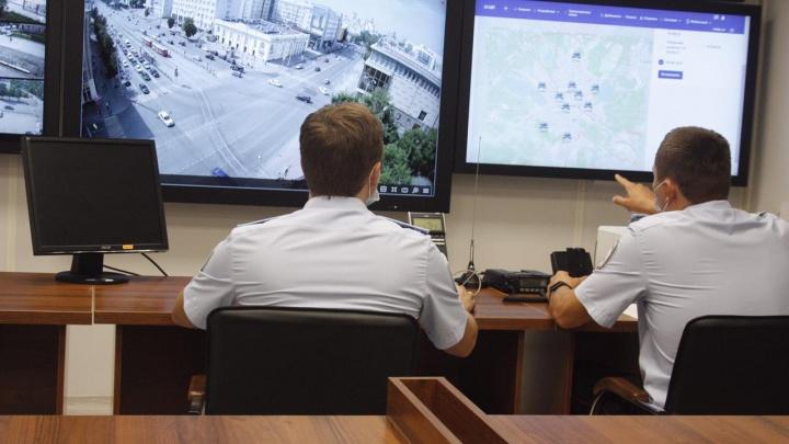 В Екатеринбурге установили специальные камеры, которые в потоке машин будут находить угонщиков и нарушителей