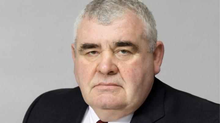 Уфимский депутат отозвал иск против общественниц, которые назвали его «единороссом»