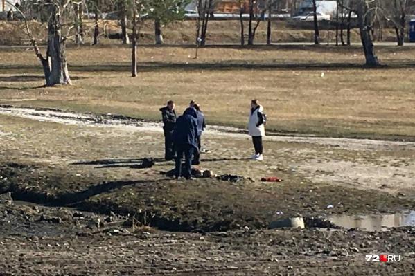 Тело пропавшей женщины было обнаружено после осушки лужи в Заречном парке