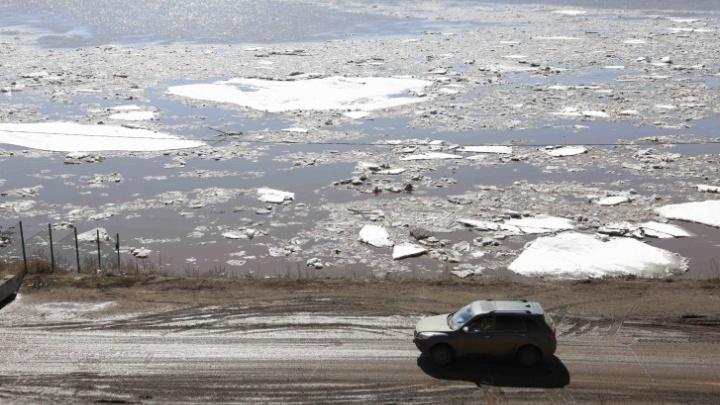 В Башкирии полностью перекрыли движение на трех дорогах