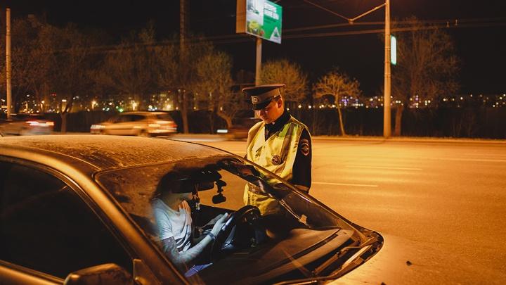 В Курганской области автомобили массово проверят на наличие запрещенной тонировки