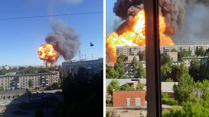 Адские взрывы: кадры с сильнейшего пожара на газозаправочной станции в Новосибирске