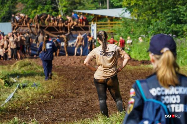 Ранее в Перми уже проводили «Стальной характер», но организаторы «На пределе» обещают, что новый забег будет еще масштабнее