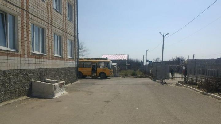 На Дону «Газель» со школьной едой сбила первоклассницу